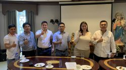 Contract Signing Between CPF and Ms. Mary Claire Judith Phyllis J. Quiambao Investor Broiler Farm